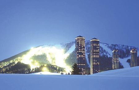 Tomamu ski resort (towers)